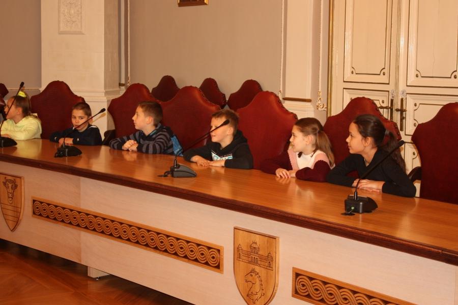 Učenici OŠ Antuna Kanižlića posjetili Županiju