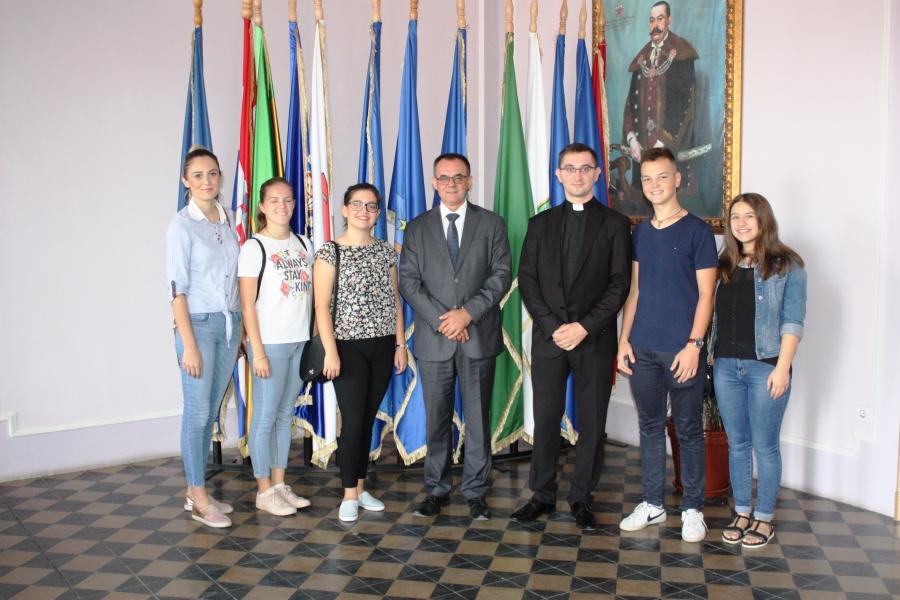 Župan održao sastanak sa predstavnicima Povjerenstva za pastoral mladih
