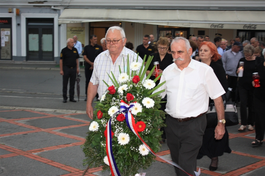 Polaganje vijenaca i odavanje počasti povodom Dana pobjede i domovinske zahvalnosti i Dana hrvatskih branitelja