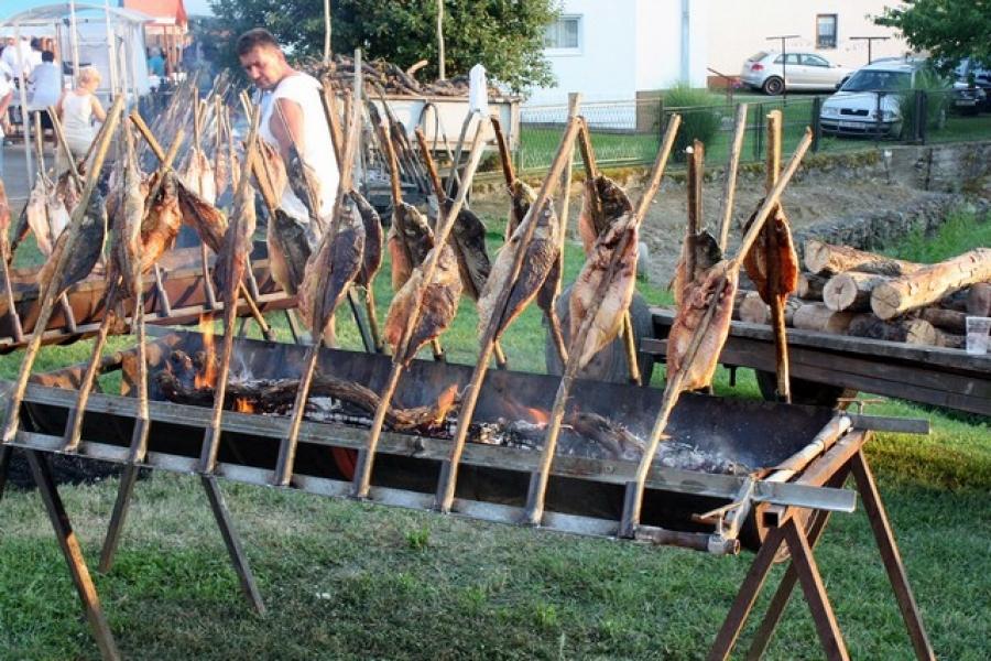 Ribarska večer u Vetovu