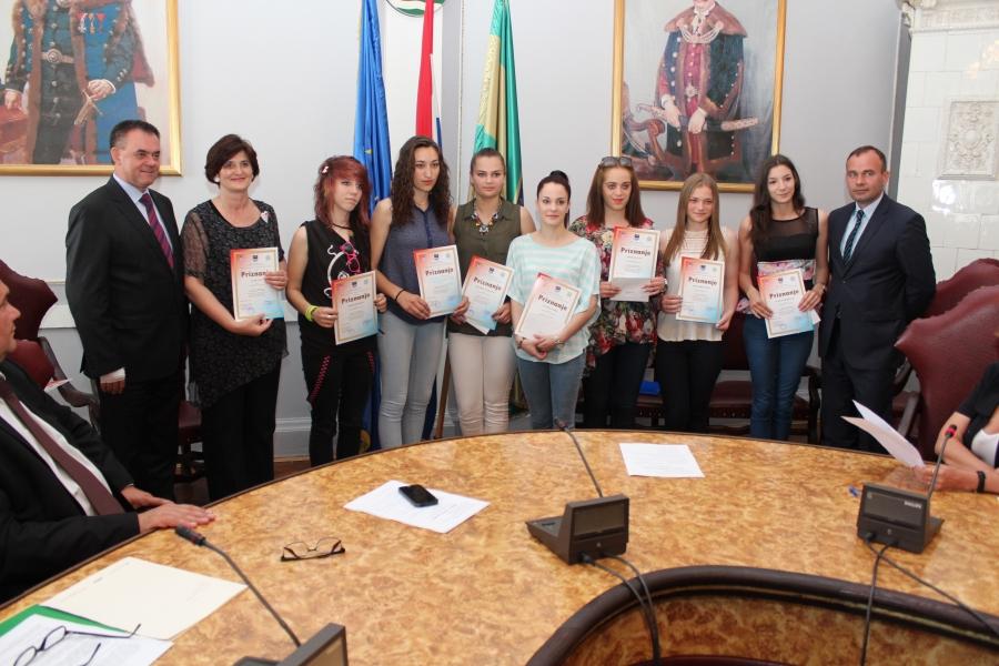 Srednjoškolci nagrađeni za svoju kreativnost