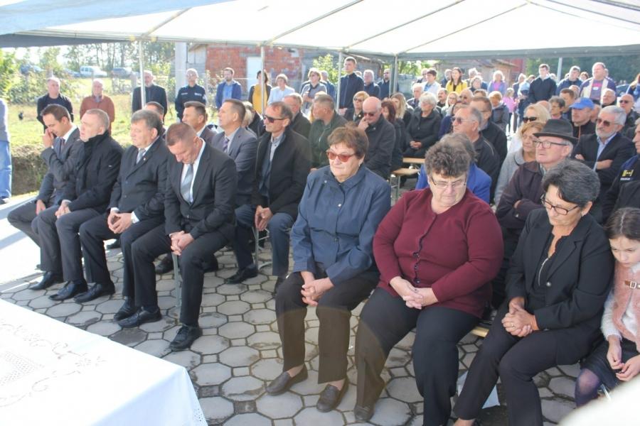 Obilježavanje obljetnice pogibije 19 hrvatskih branitelja u Batinjanima i Gornjoj Obriježi