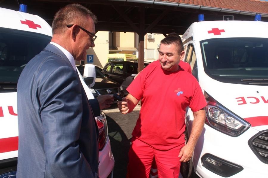Primopredaja sedam novih vozila Domu zdravlja Požeško-slavonske županije