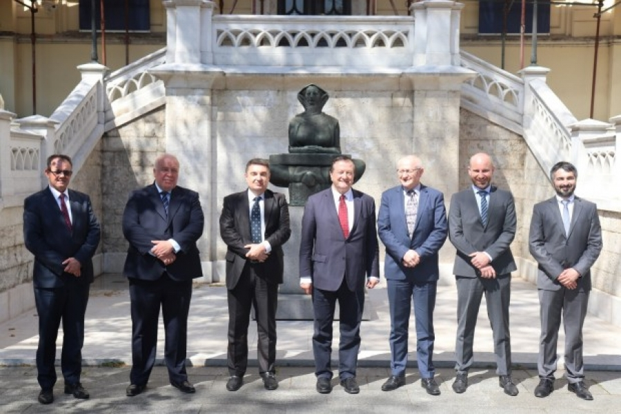 Gradonačelnik Kasana potpisao ugovor s fakultetima zagrebačkog Sveučilišta