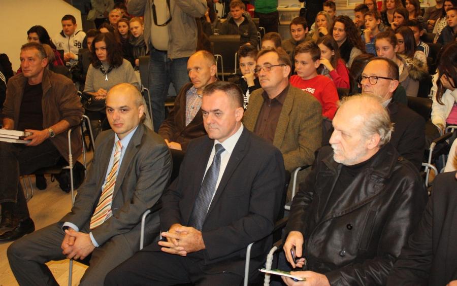 Tribina o Domovinskom ratu i Vukovaru