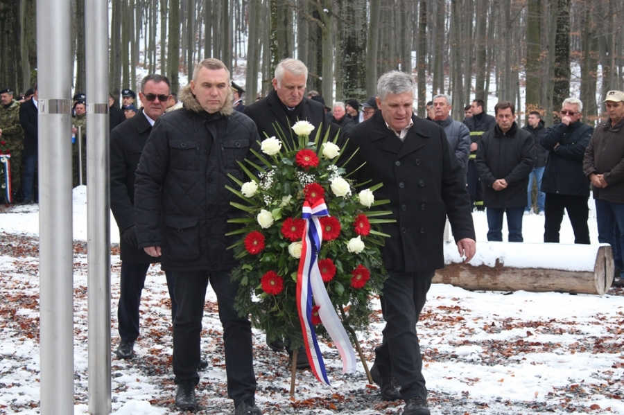Obilježena 27. godišnjica pogibije jedanaestero hrvatskih branitelja na Papuku