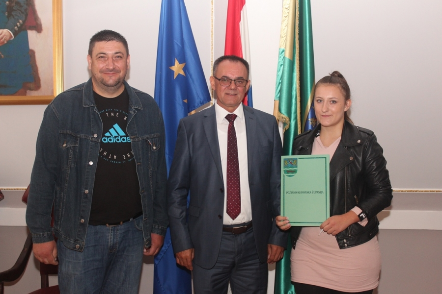 Svečano uručivanje Ugovora o korištenju stipendije učenicima Poljoprivredno-prehrambene škole Požega