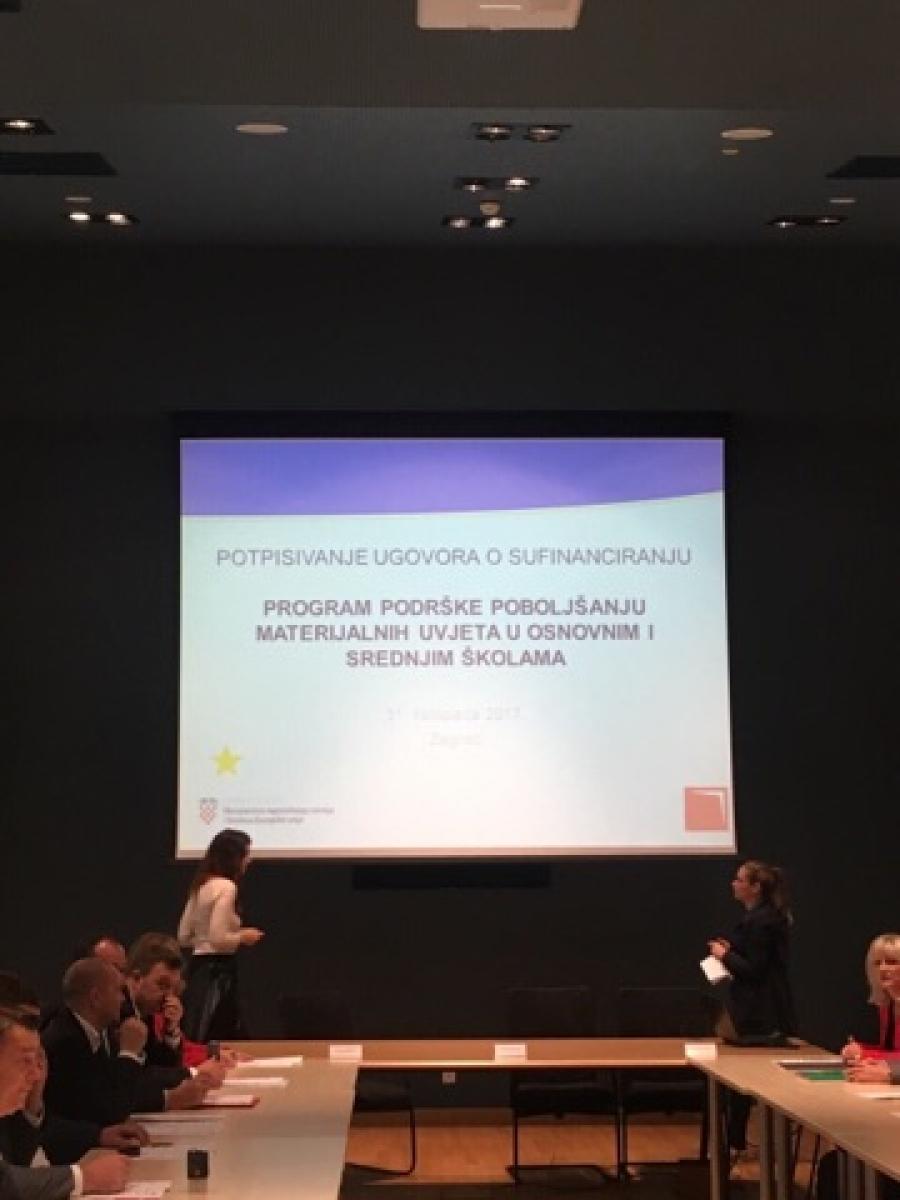 Župan na potpisivanju ugovora u Ministarstvu regionalnog razvoja i fondova Europske unije