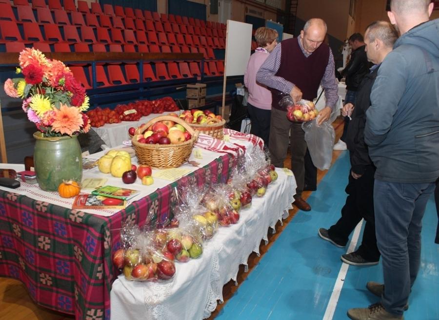 Održani 21. Dani jabuka