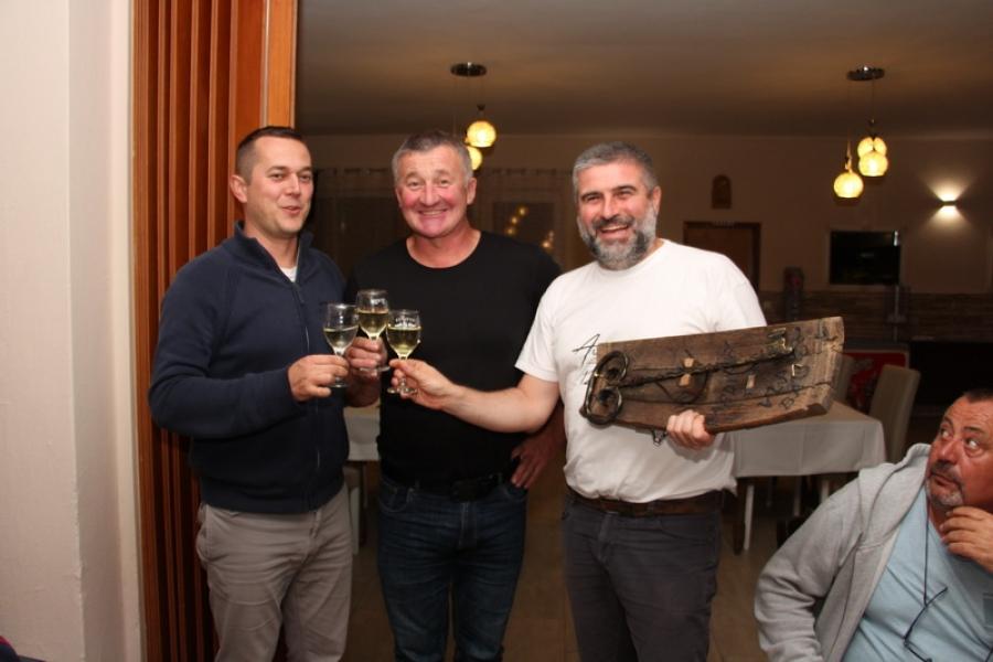 Berbom vinograda na Trgu Graševine u Kutjevu vinari obilježili završetak berbe grožđa
