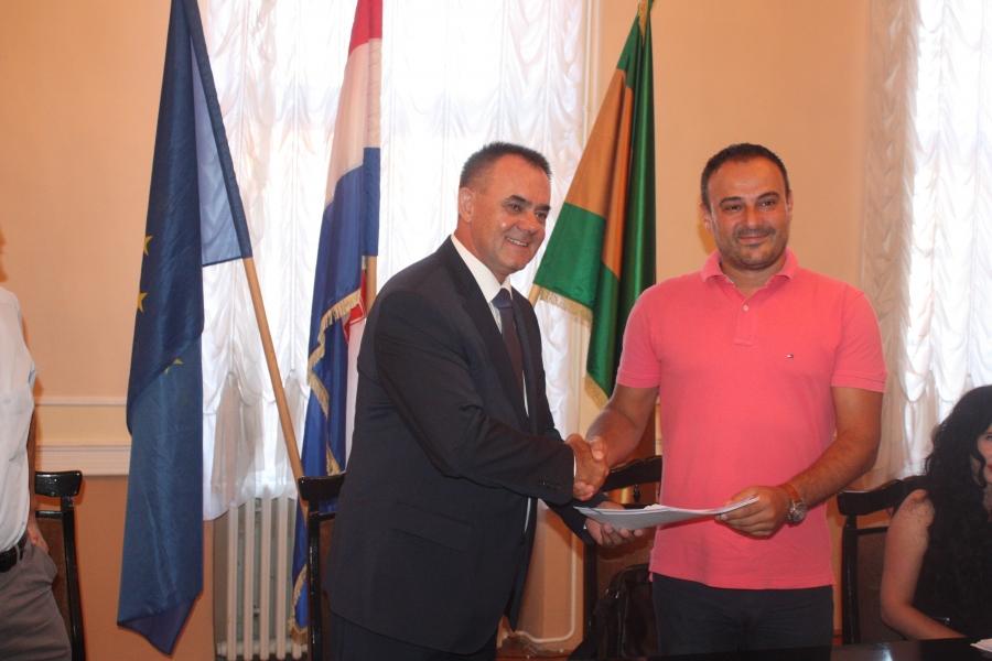 Potpisan ugovor o izvođenju radova obnove Županijske palače