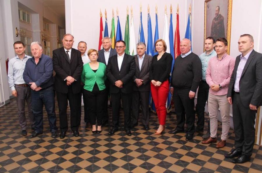 Župan održao sastanak sa gradonačelnicima i načelnicima