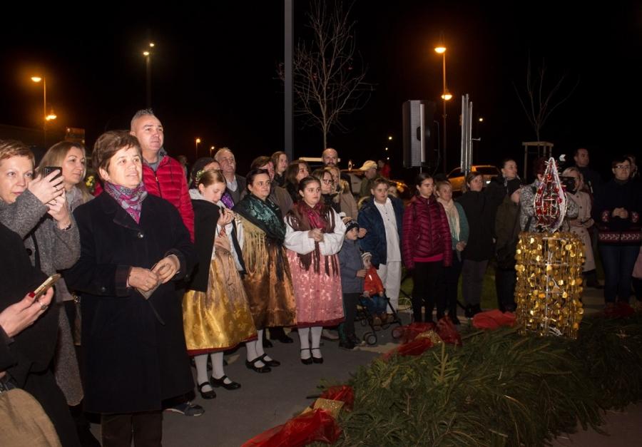 Svečano otvorena novouređena multimedijalna dvorana u Pleternici