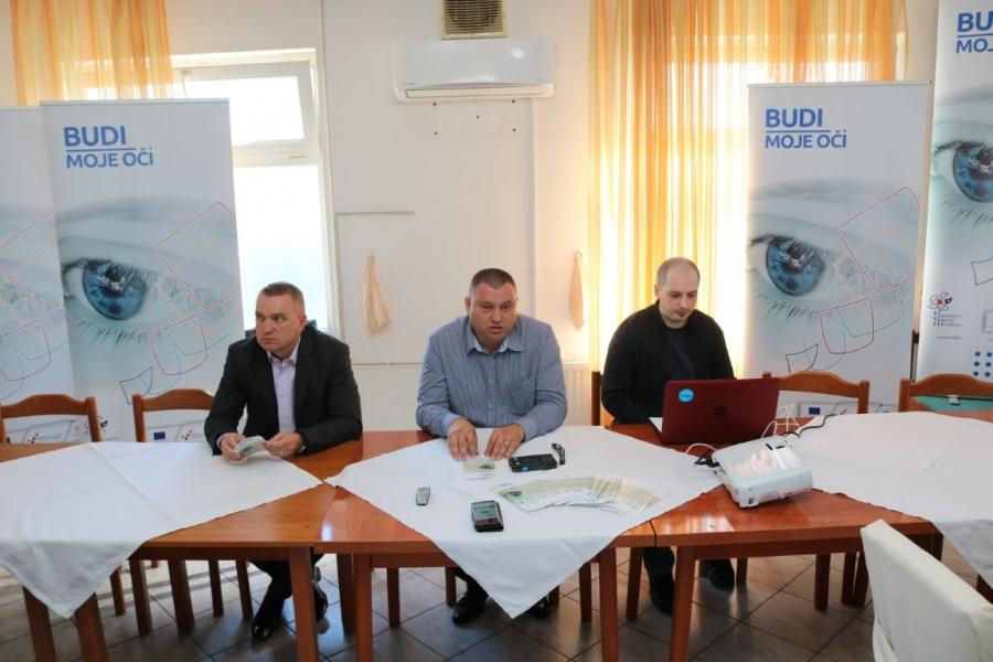 """Povodom Međunarodnog dana bijelog štapa održana početna konferencija projekta """"Budi moje oči"""""""