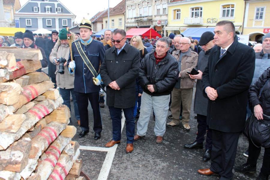 """""""Dan vinograda"""" donio brojne mirise i okuse cijele Hrvatske u Požegu"""