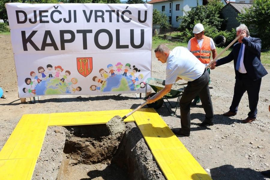 Polaganjem kamena temeljca obilježen početak izgradnje novog dječjeg vrtića u Kaptolu