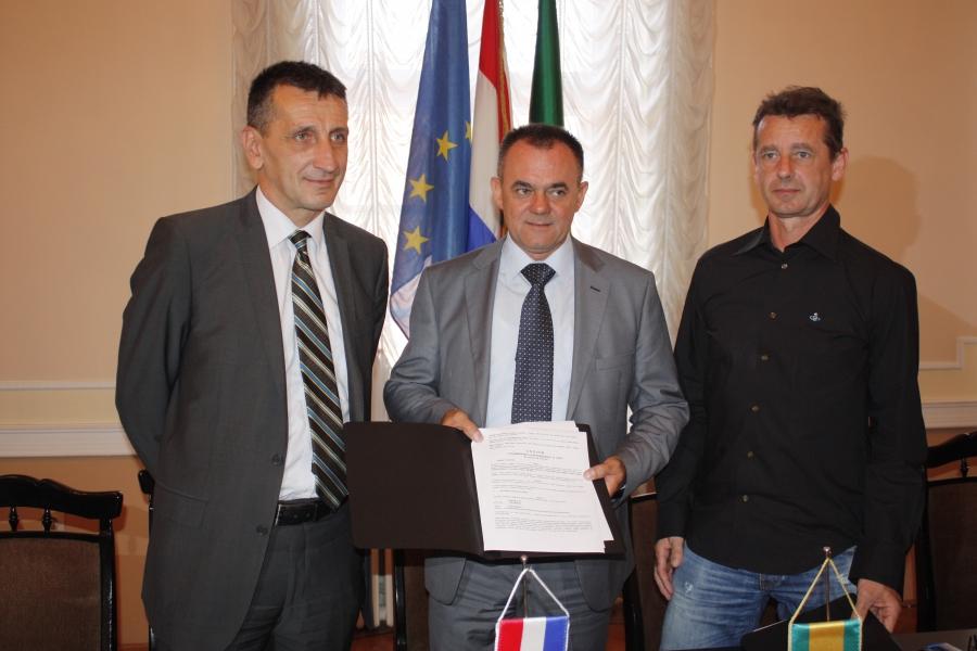 Potpisan Ugovor o razminiranju poljoprivrednih površina