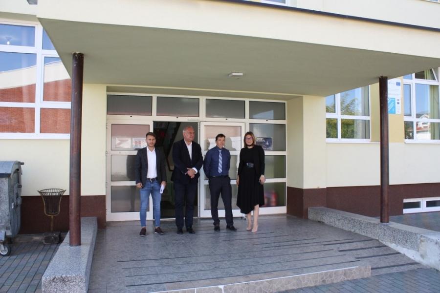 """Županica u obilasku škola """"Osluškujemo potrebe s ciljem što kvalitetnijeg obrazovanja naše djece"""""""