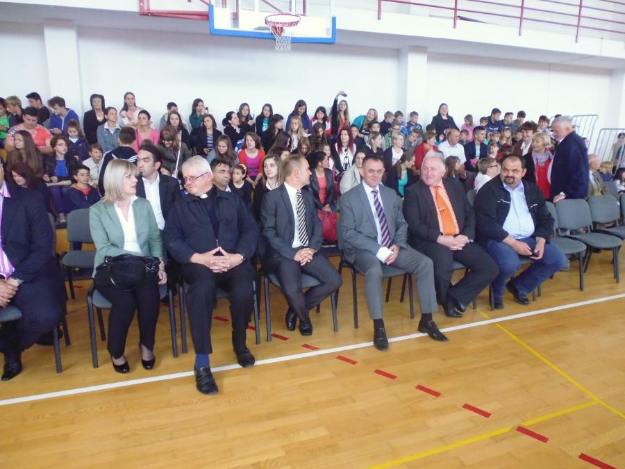 U Alilovcima obnovljena područna škola
