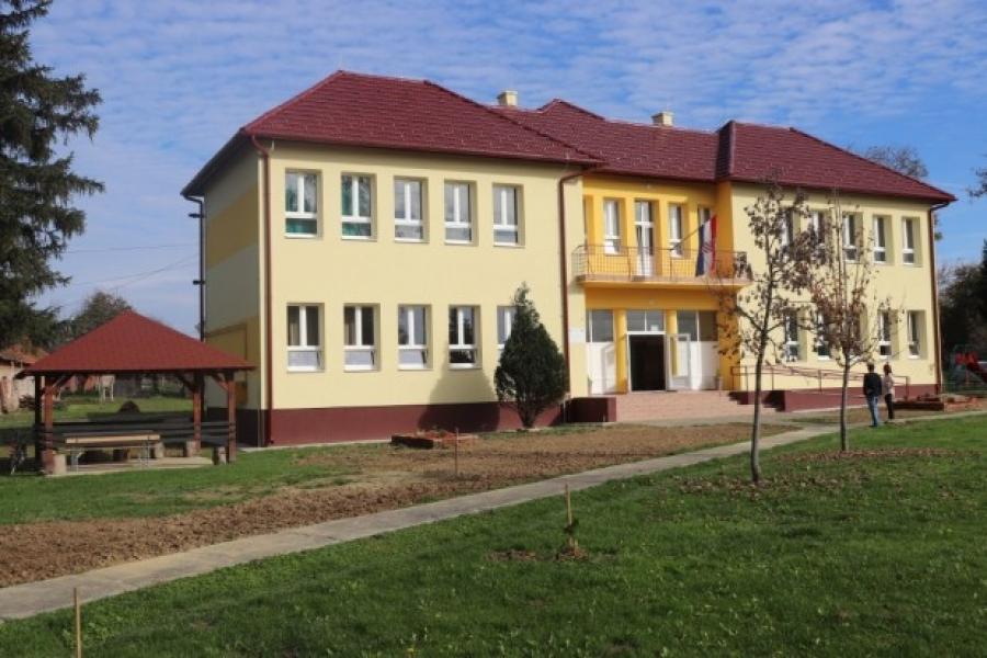 """Završna konferencija projekta """"Energetska obnova zgrade Područne škole Badljevina"""""""
