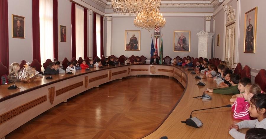 Pročelnica Upravnog odjela za društvene djelatnosti o upisima u prve razrede osnovnih škola