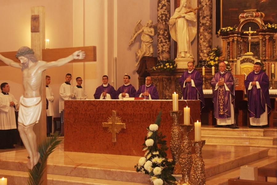 Dušni dan u požeškoj Katedrali