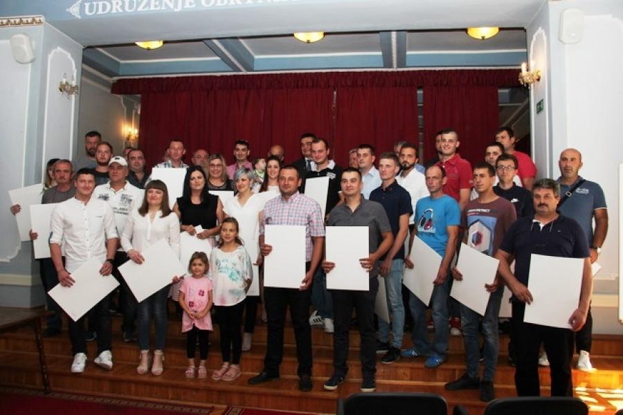 Promovirano 40 novih majstora u desetak obrtničkih zanimanja
