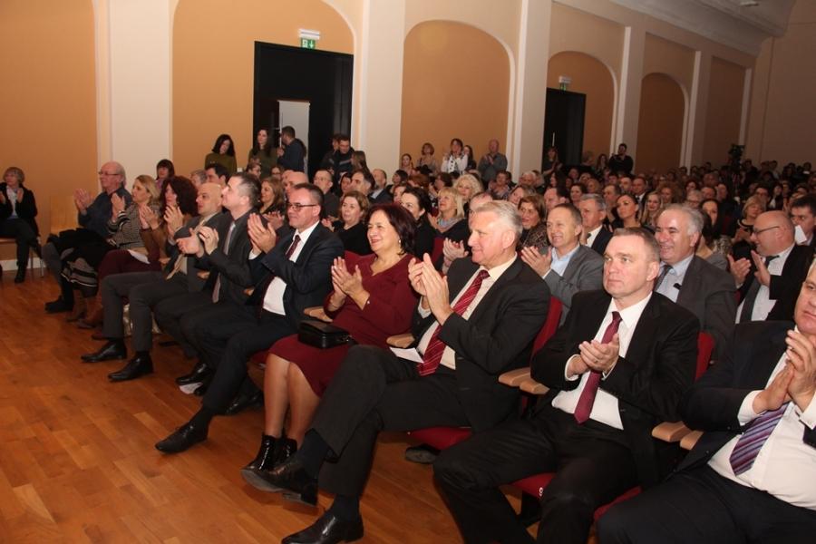 Koncert Glazbene škole Požega povodom inauguracije koncertnog klavira