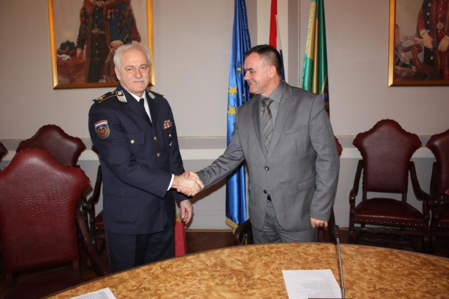 Vatrogasci Požeško - slavonske županije kod župana