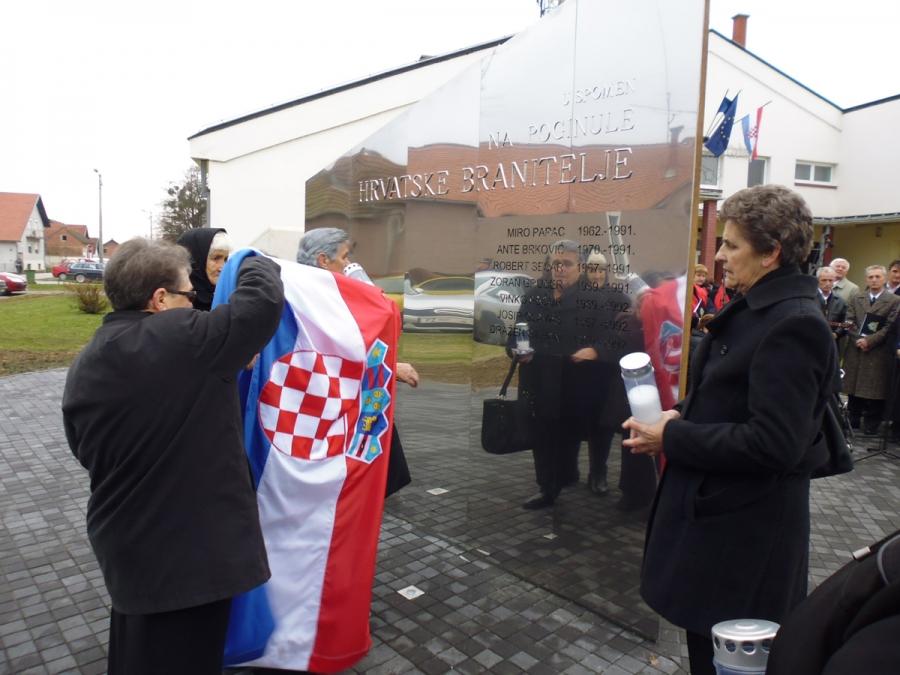 Općina Jakšić podigla spomenik poginulim hrvatskim braniteljima
